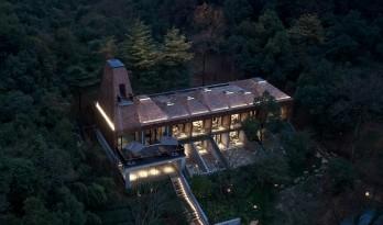 山谷中的守望——一览居 / 中国美术学院风景建筑设计研究总院