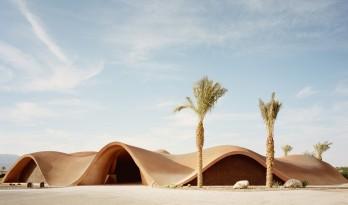 原始朴实,融入起伏的沙丘景观:Ayla高尔夫俱乐部