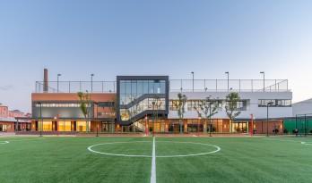 循典而新,自然悦动——英国莱克顿国际学校上海分校 / Eva Architects