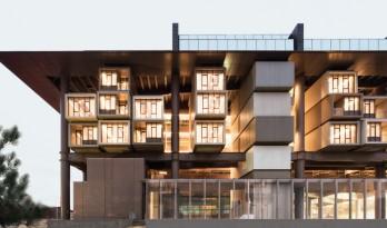安塔克亚博物馆酒店,遗址上架起的酒店 / EAA – Emre Arolat Architecture