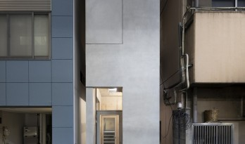 在闹市小巷中仰望天光:银座合租大楼 / SO&CO.