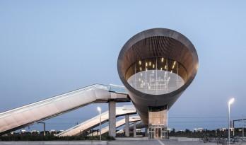 横亘大地,瞭望远方:丹麦克厄北站 / COBE + DISSING+WEITLING Architecture