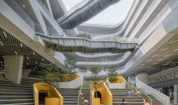 """城市中的""""山谷庭院"""":深圳红岭实验小学 / 源计划建筑师事务所"""