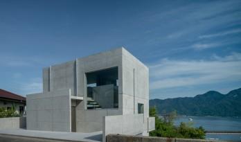 素朴谦逊,眺望濑户内海:日本Ajina住宅 / Kazunori Fujimoto Architect & Associates