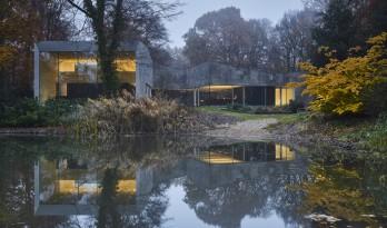 在自然景致中勾勒一处烟火:布拉斯住宅 / DDM建筑事务所