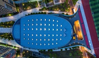 校园中的一尾活力游鱼:上海科技大学体育馆 / 同济大学建筑设计研究院