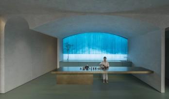 凝结的时光展:老北京胡同里的中医理疗馆 / 水相设计