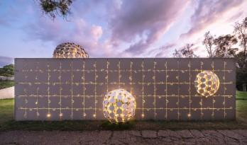 墨西哥设计周混凝土拼图打造的鼓泡展馆 / Gerardo Broissin