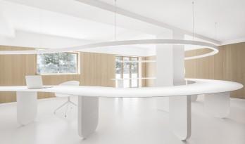 扑面而来的纯净——寸匠厦门全新办公空间 / 寸匠熊猫建筑设计