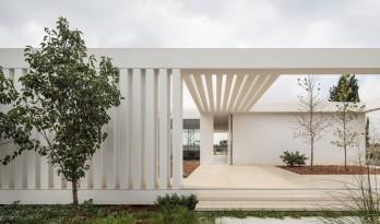 简洁典雅,光影流动的方体住宅 / Blatman Cohen architecture design