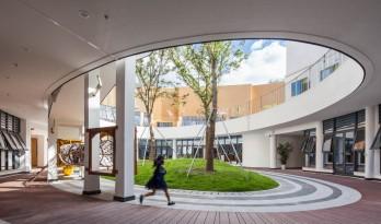 流动的曲线花园:大孚双语幼儿园 / 上海思序建筑规划设计