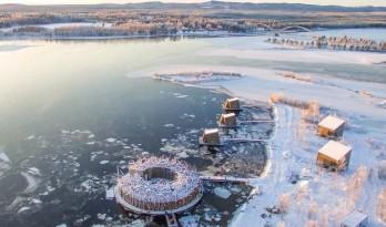 """漂浮于卢勒河上的水疗酒店:""""北极浴"""""""