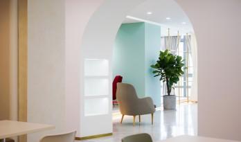 舒适而优雅的性冷淡风——如涵文化办公空间 / inDeco领筑智造