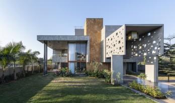 """""""像素""""住宅 / The Grid Architects"""
