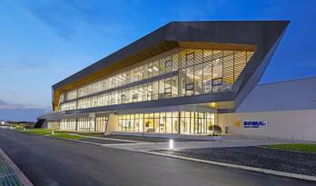 宝马格常州工厂 | 工业感与现代学的设计碰撞 / VIRTUARCH 德建