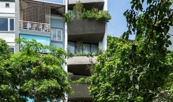 """错动""""跳舞""""的空中花园:越南联排住宅"""