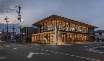 """温暖的透明度:名古屋外科诊所""""Takenaka"""" / TSC Architects"""