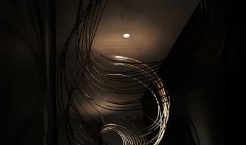 穿越时光的线索:艺朗达卫浴展厅 / 拓维设计