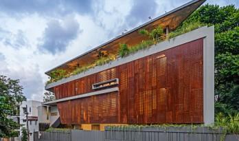 班加罗尔三角住宅 / Cadence Architects