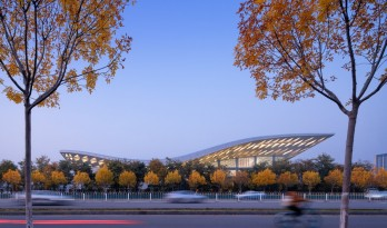 北京理工大学良乡校区文化体育中心 / 时境建筑