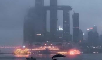 重庆来福士广场:坦率的丑陋还是矛盾的真实?