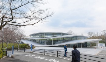 大阪艺术大学艺术与科学学院 / SANNA