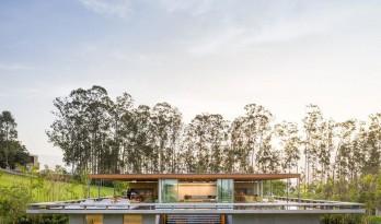 巴西 MS 住宅 / Jacobsen Arquitetura