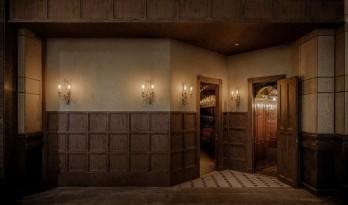 """仿佛中世纪""""魔法师之家"""":十二都MAGIC BAR / 高白空间设计事务所"""