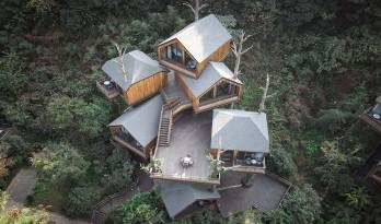 """杭州开元森泊度假酒店""""树屋"""":簇拥推搡的""""小矮人"""" / 王晖建筑工作室"""