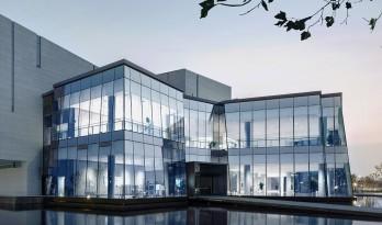 苏州吴中博物馆,与湖对话 / 筑境设计