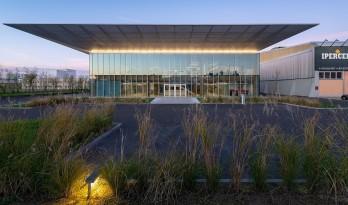 意大利Iperceramica新总部,简约绿色,低碳办公 / MCA建筑事务所