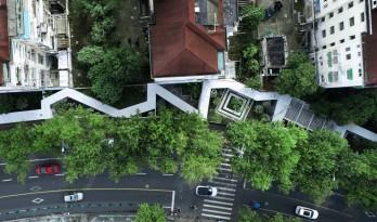 居民区旁的复廊围墙/梓耘斋建筑