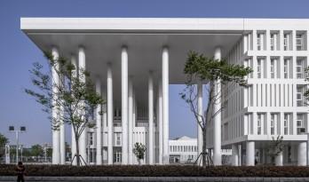 沂南图书档案馆,山东 / 中央美术学院建筑7工作室(朴棫城市建筑设计工作室)