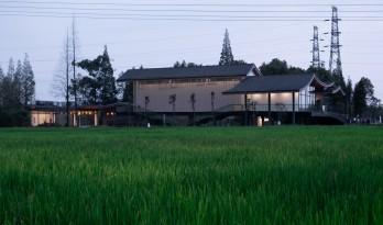 最好的粮油在田间——耕田上的院子,村落中的乐园/小隐建筑事务所