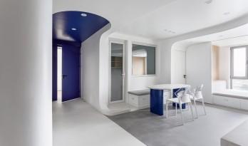 「 蓝境 」克莱因蓝下的流线型音乐之家/戏构建筑设计工作室
