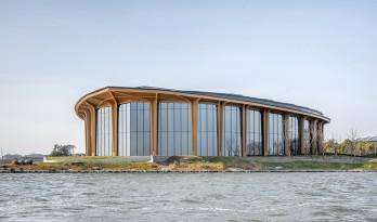 滴水湖会议中心/ DC国际·c+d设计中心