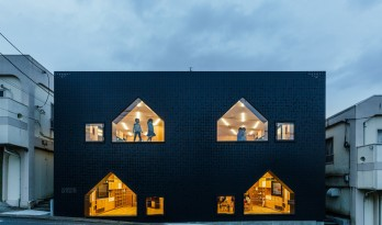 MK-S 幼儿园:大人的大建筑,小孩的小房子 / 日比野建筑事务所 + Youji no Shiro
