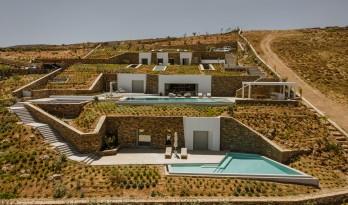 安提帕洛斯岛的地下私人别墅 / Tsolakis Architects