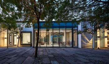 坐落于北京郊野公园里的低碳友好型设计师工作室-东风3号院 / 中德行建筑设计