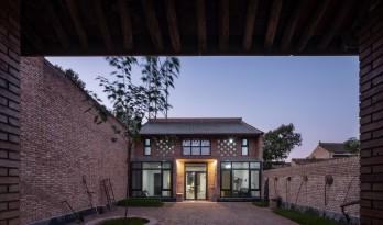 关中砖瓦房的再生:咸阳·莪子村红砖房 / 西安建筑科技大学设计研究总院