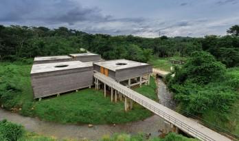 墨西哥塔帕丘拉社会援助中心 / Laboratorio de Acupuntura Urbana