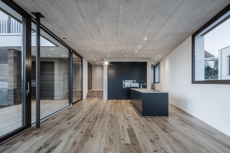 Tormen_Architekten_EFH_Riedholz_-_Archdaily_interior_4.jpg