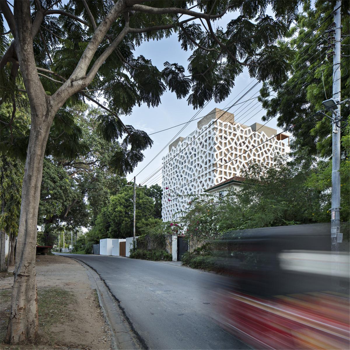 Urko_Sanchez_Architects_-_Tudor_Apartments_04.jpg