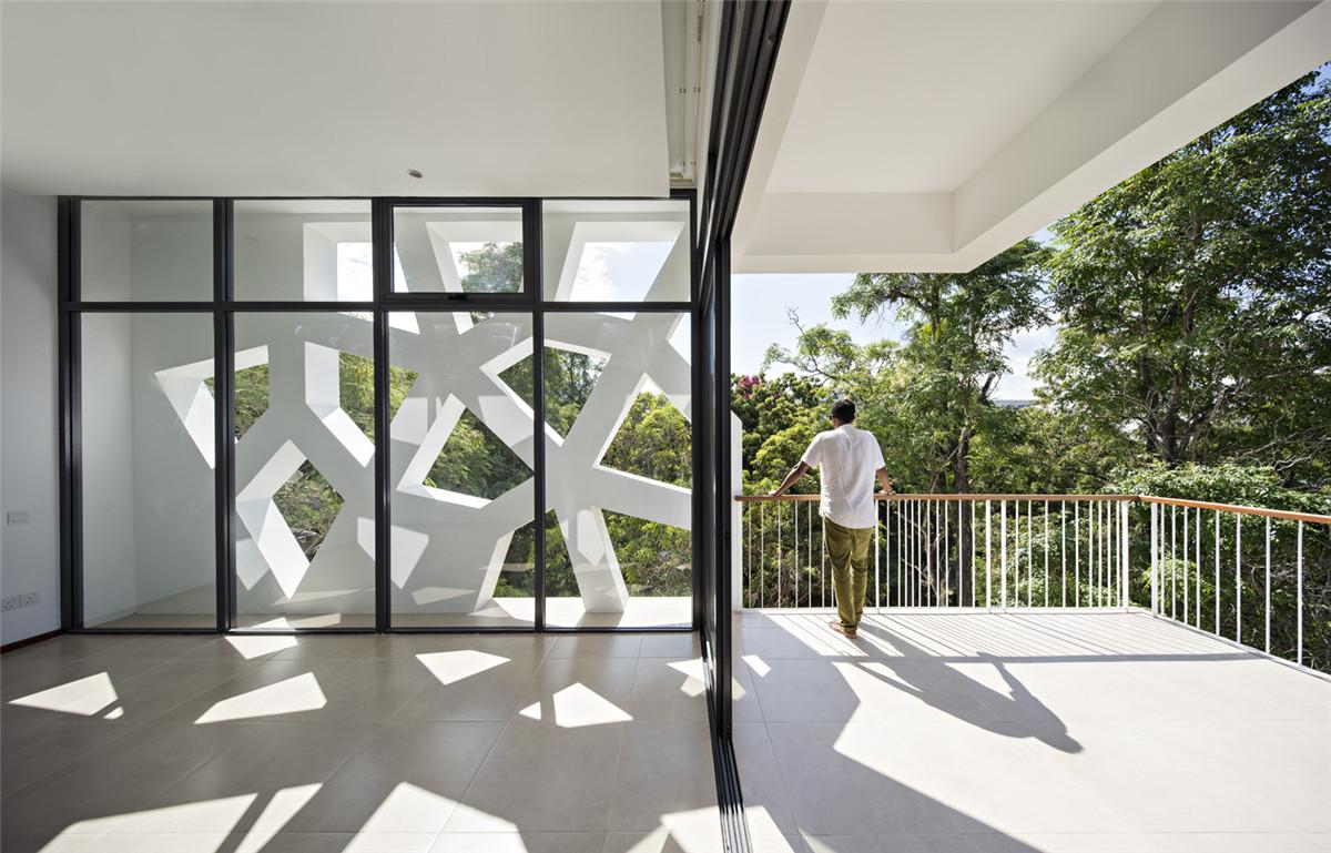 Urko_Sanchez_Architects_-_Tudor_Apartments_07.jpg