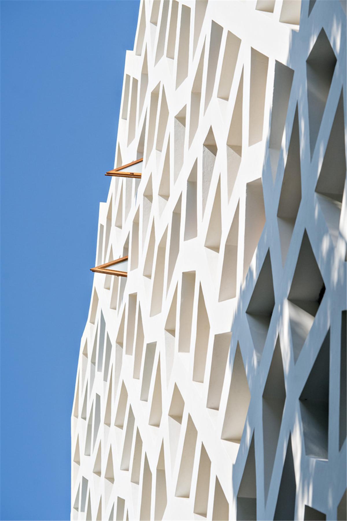 Urko_Sanchez_Architects_-_Tudor_Apartments_13.jpg