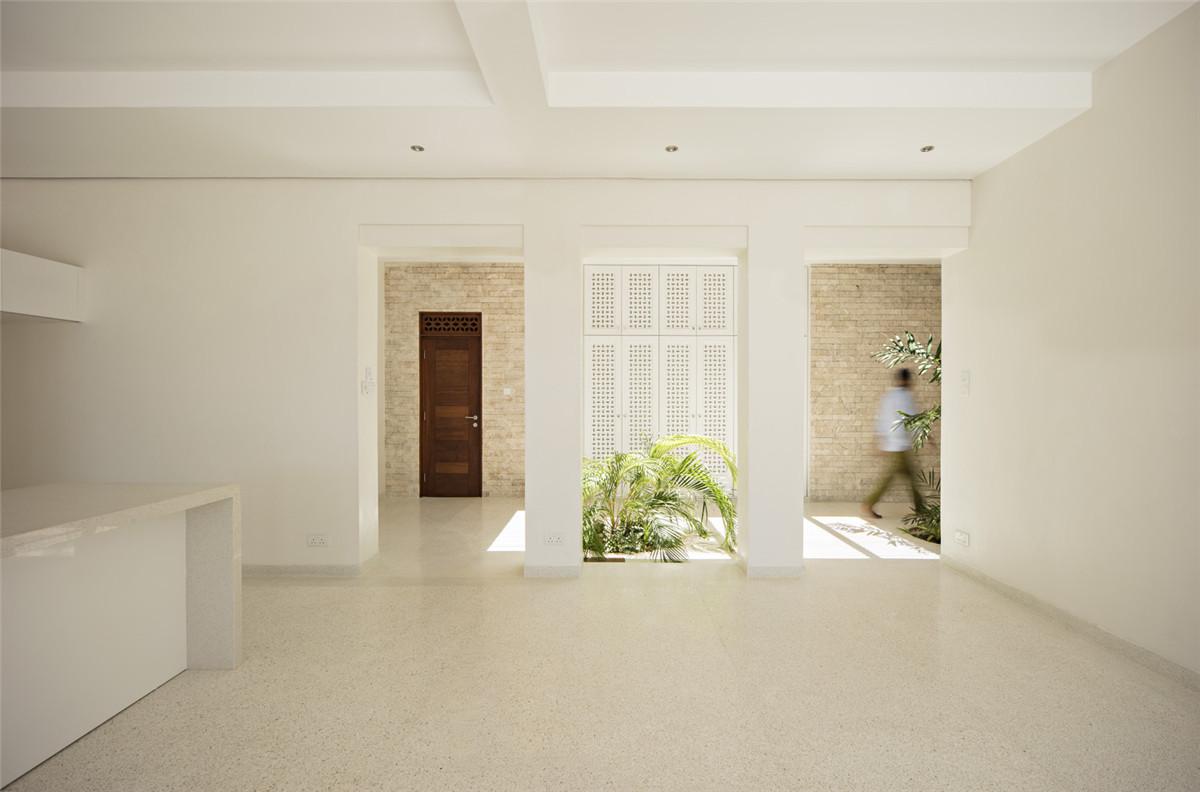 Urko_Sanchez_Architects_-_Tudor_Apartments_10.jpg