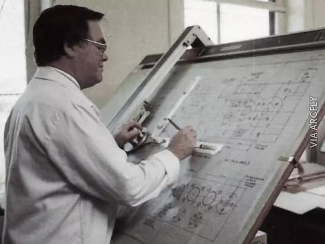 没有电脑之前,设计师是如何画图的?