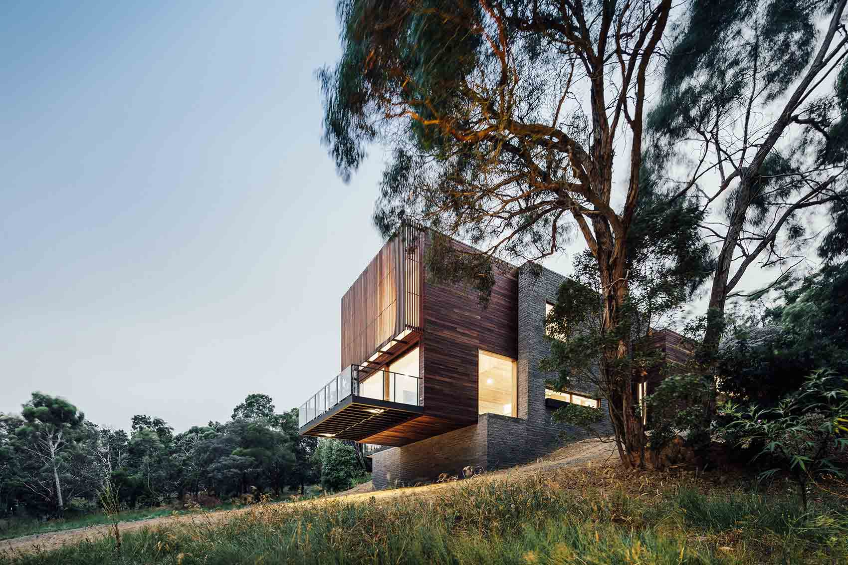 001-Invermay-House-By-Moloney-Architects.jpg