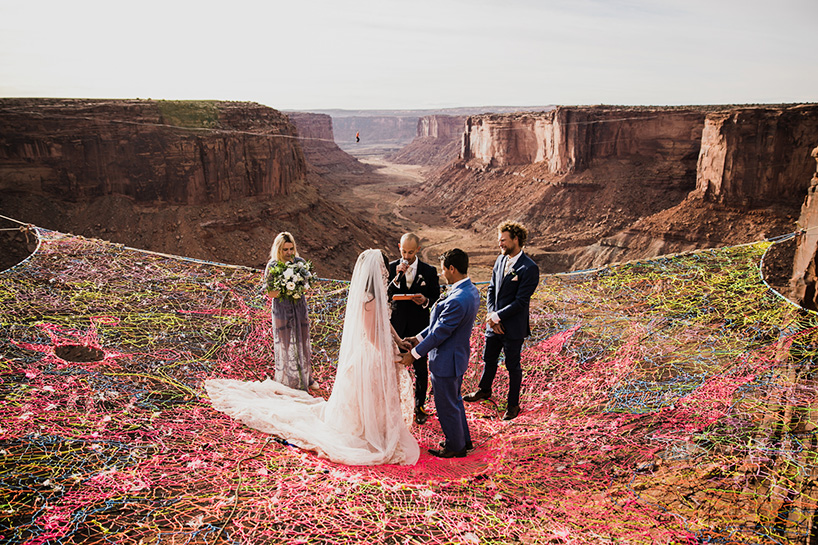 spacenet-canyon-wedding-utah-designboom-06.jpg