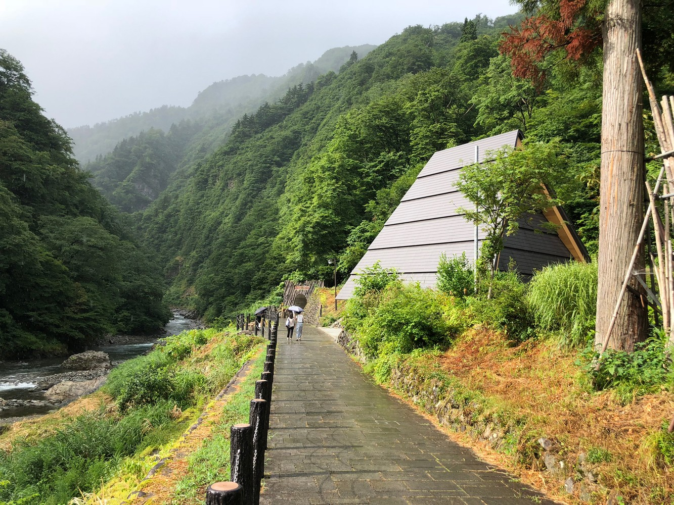 03_MAD_Echigo_Tsumari_Tunnel_of_Light_Periscope_low-res.jpg